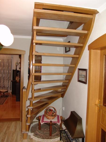 schody-valassko_cz_celodrevene_bezschodnicove_11