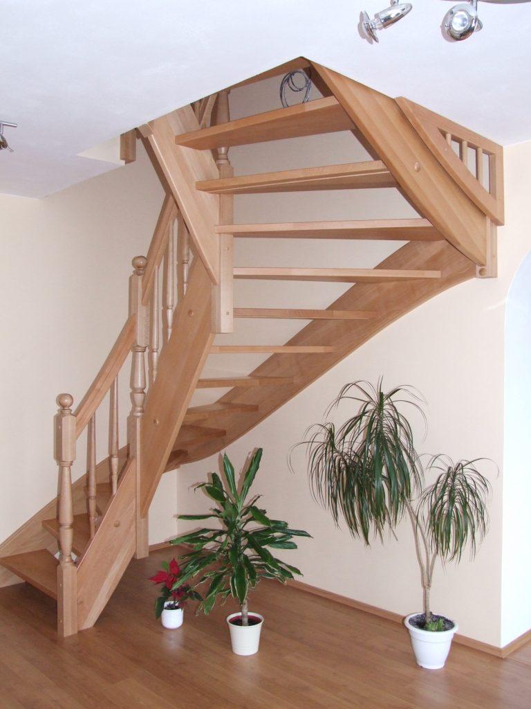 schody-valassko_cz_celodrevene_zadlabane_14