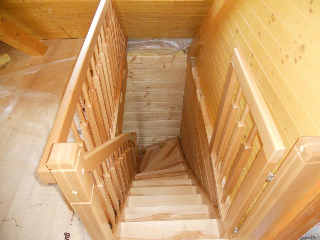 schody-valassko_cz_celodrevene_zadlabane_29