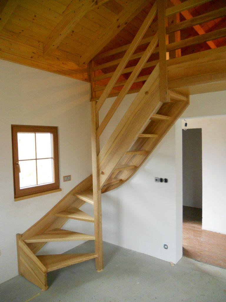 schody-valassko_cz_celodrevene_zadlabane_41