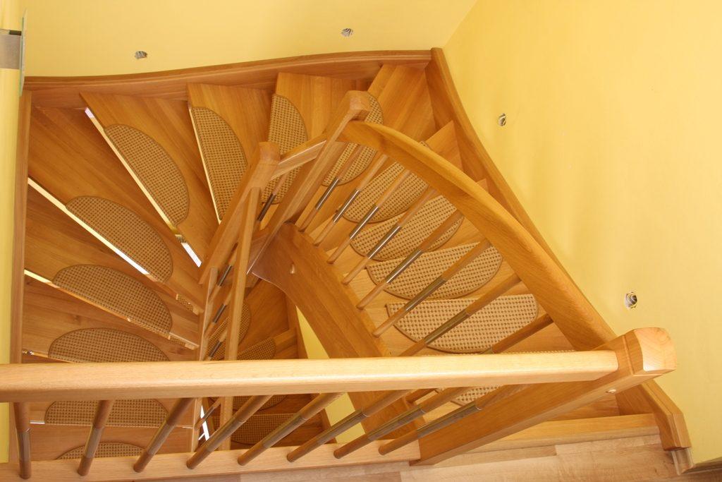 schody-valassko_cz_celodrevene_zadlabane_48