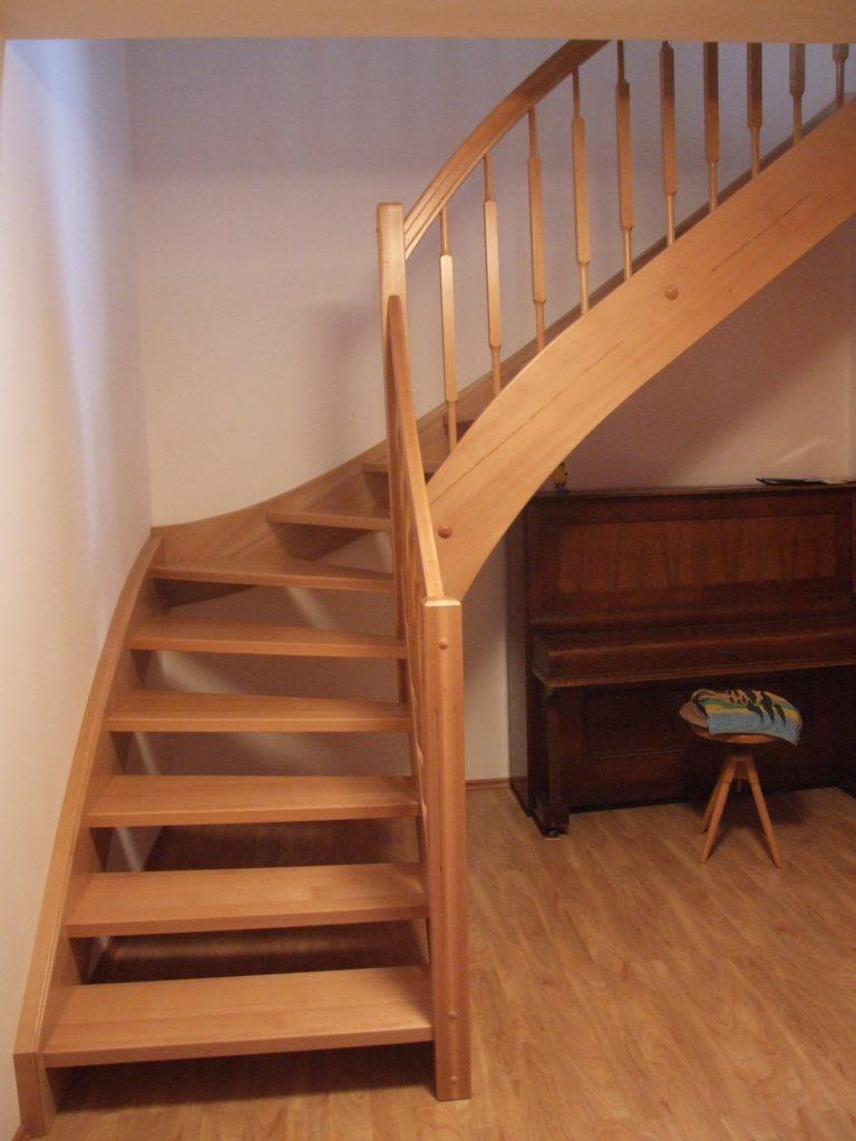 schody-valassko_cz_celodrevene_zadlabane_60