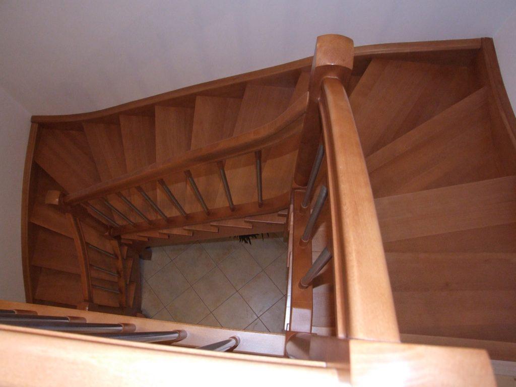 schody-valassko_cz_celodrevene_zadlabane_68